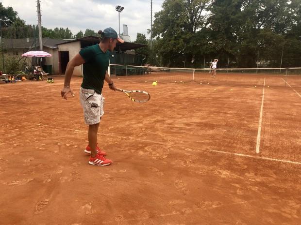 Brigáda tenis