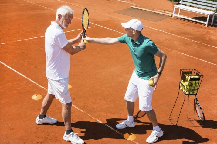 Kurz tenisu pre seniorov
